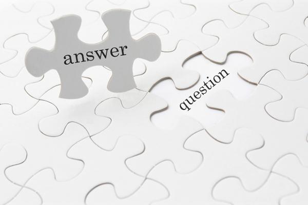 パズルピースに「answer」と「question」とかかれいている