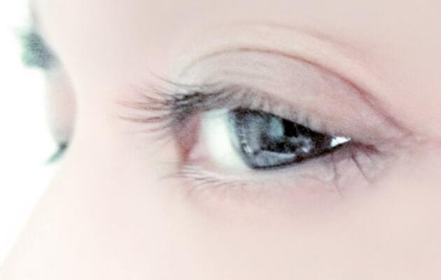 目線の画像
