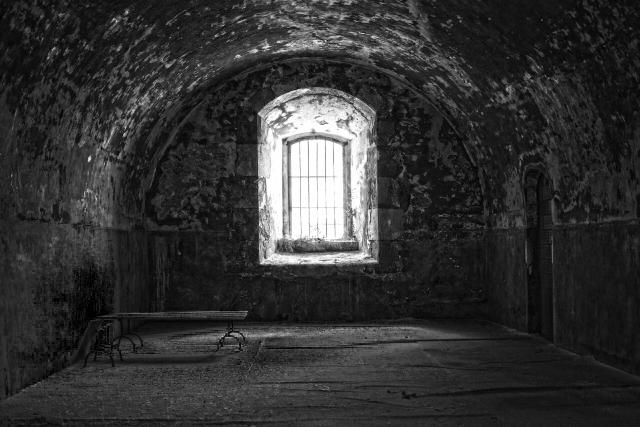 写真:暗い部屋