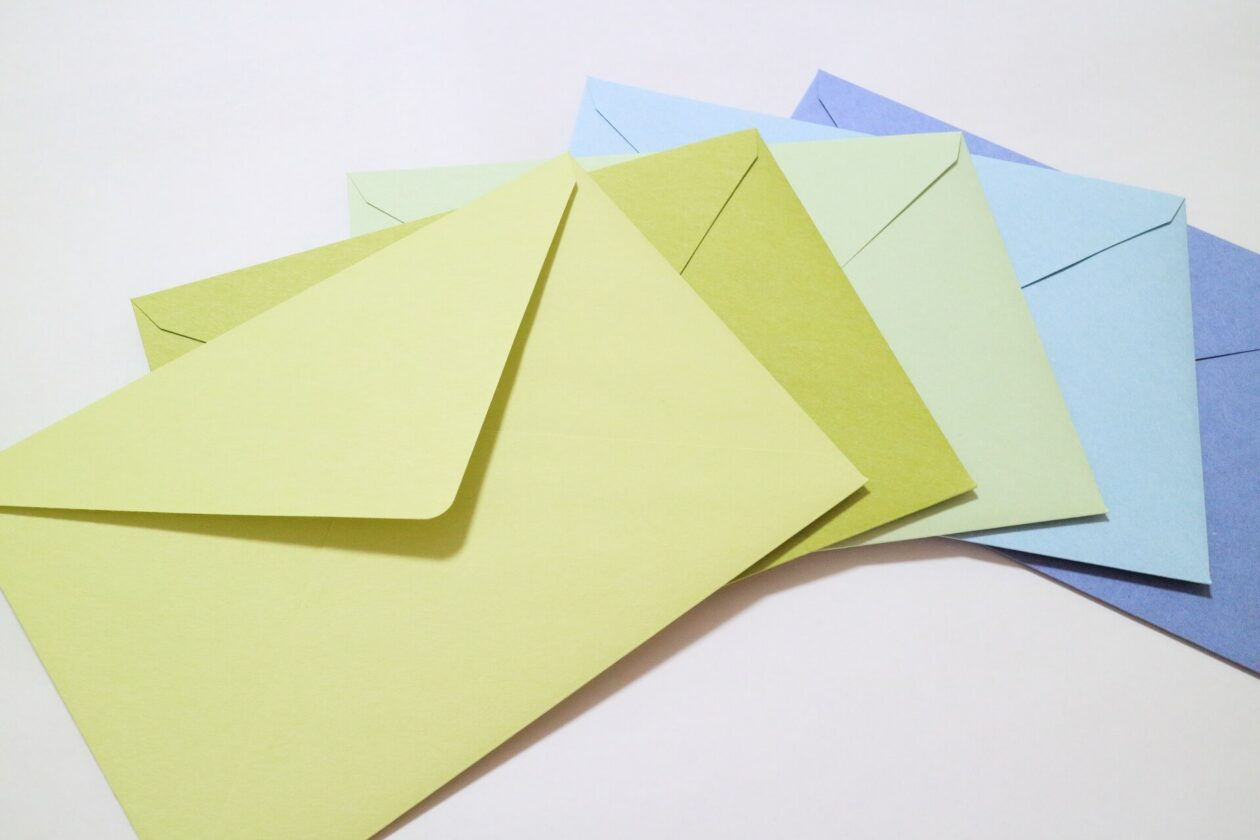 画像:手紙が並んでいる画像